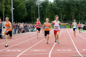 Janik Sillen plaats 4 NK junioren B 400m