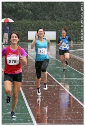 Anja haar laatste meters op de 400
